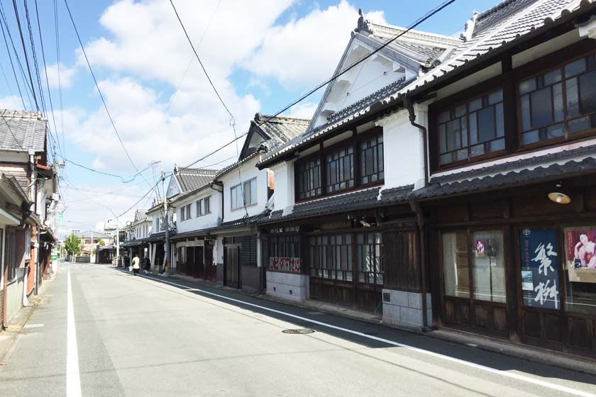 Old streets of Yame City in Fukuoka Prefecture is like stepping back in time.